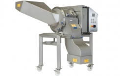 Lamb Weston invested in 4 FAM cutting machines for its wavy fries